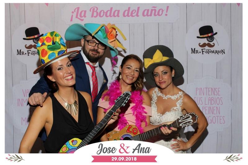 Portada_Jose y Ana 29092018 MrFotomaton